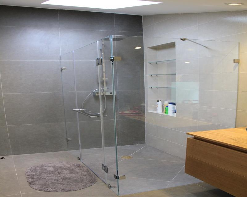מסודר גילרפאל - מקלחוני זכוכית EW-06